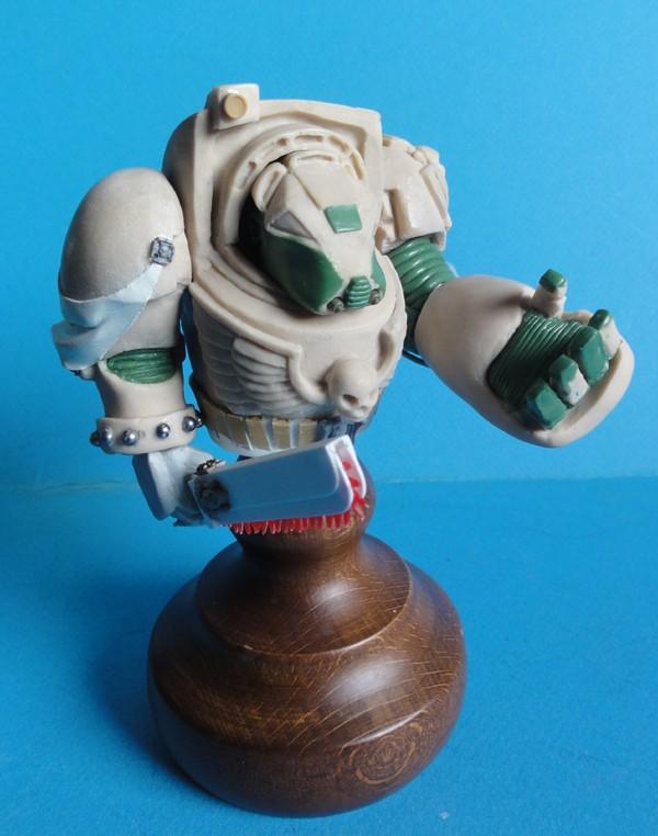 (denis simon) Buste de terminator Warhammer  40000 - Page 2 110
