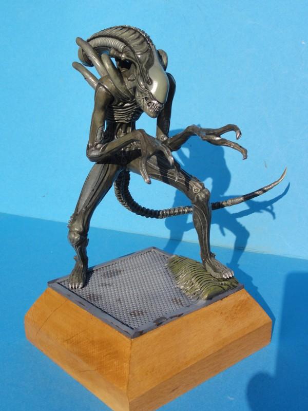 La galerie des réalisations de DENIS SIMON - Page 3 Alien_10