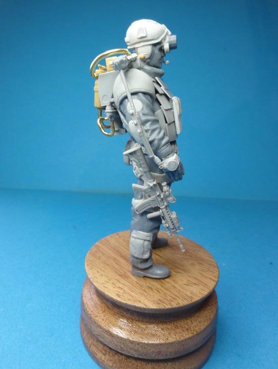 (denis simon) figurines de soldat du futur  F310