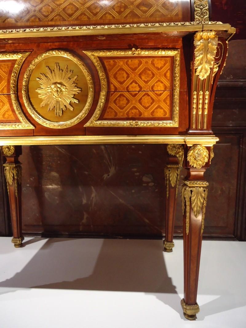 Le 18e aux sources du design, chefs d'oeuvre du mobilier - Page 3 Dsc00411