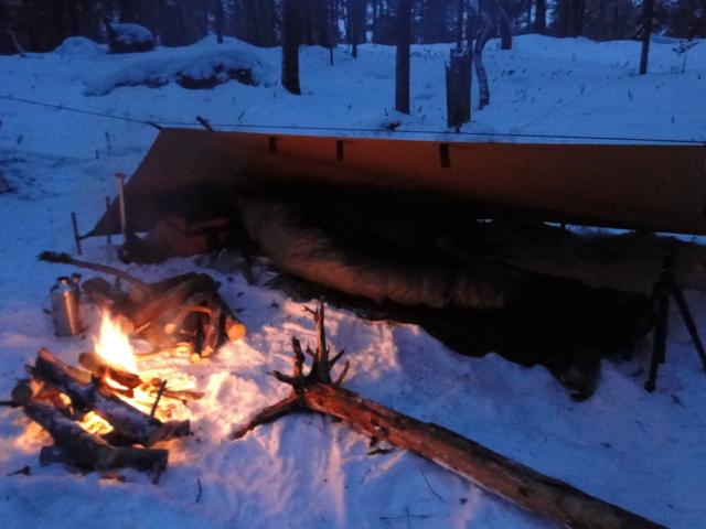 [configuration] Le materiel pour le grand froid: section abri, chauffage.... Tarp210