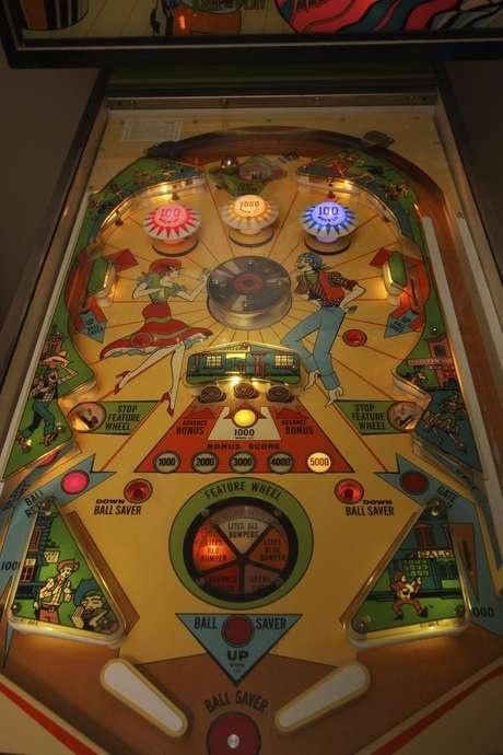 Flipper modèle Hee Haw de chez Chicago Coins de 1973 - VENDU Hee_ha14