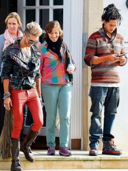 [Net/Allemagne/Octobre 2012] - Bild.de Hier bummeln Tokio Hotel zum DSDS -Casting 2h343_10