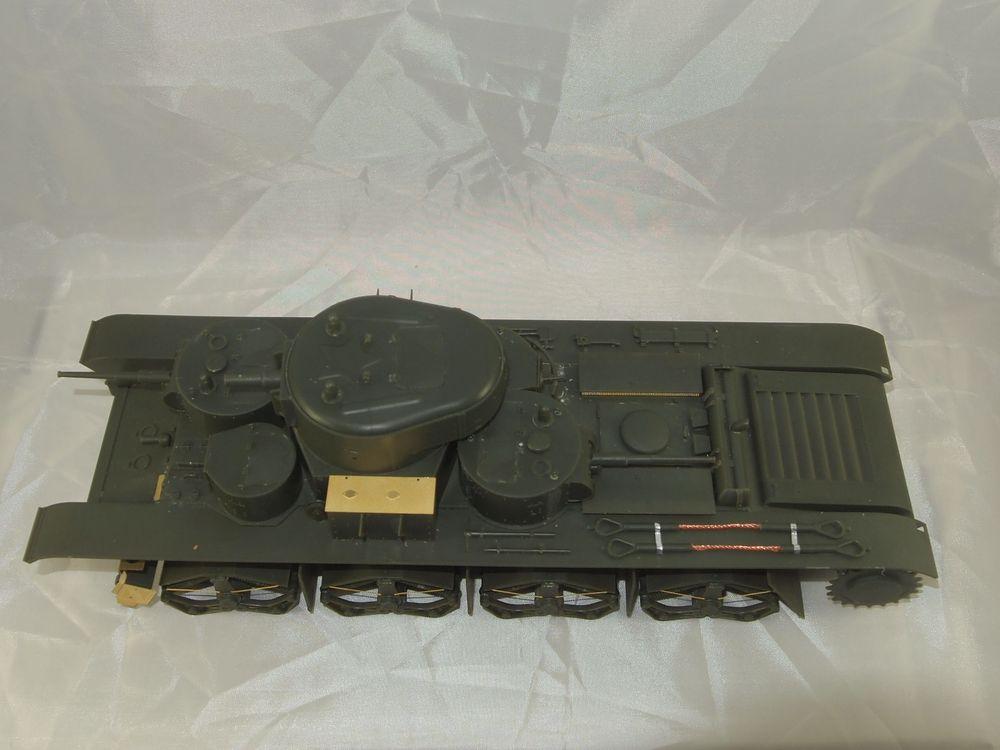 T-35 début de production [Hobby Boss ref 83841 echelle 1/35): la peinture Mon0212