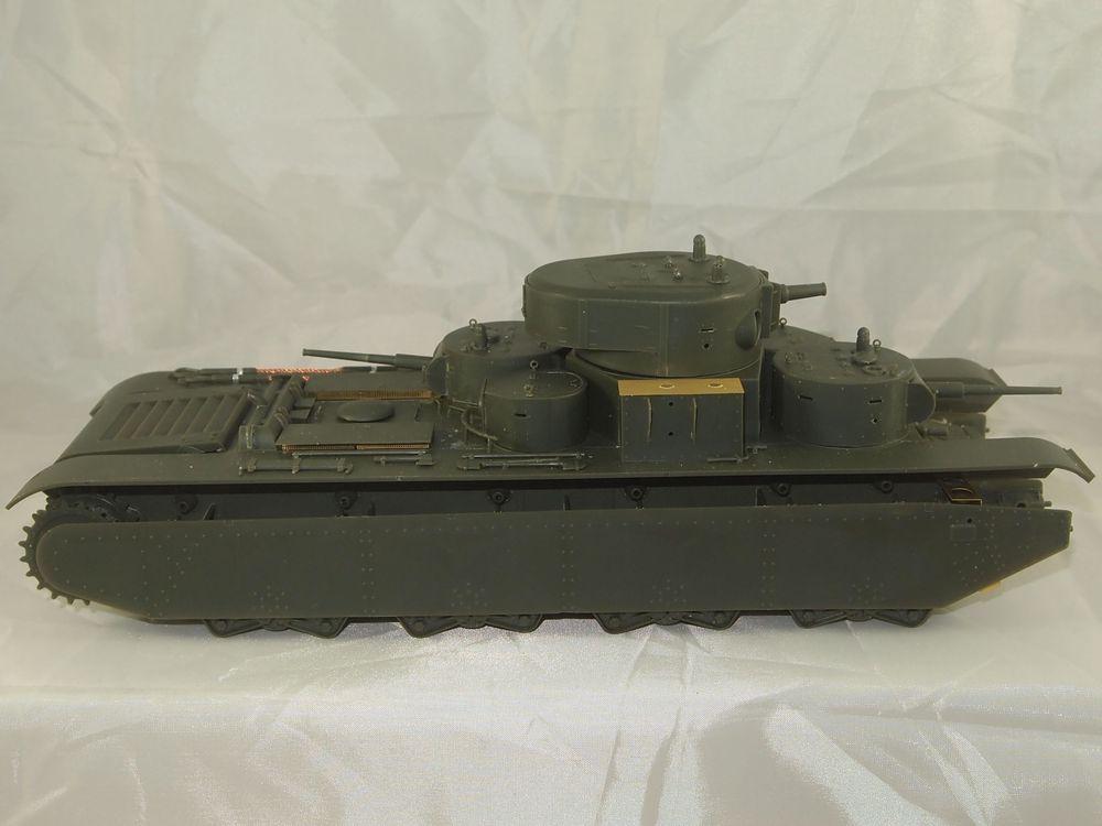 T-35 début de production [Hobby Boss ref 83841 echelle 1/35): la peinture Mon0411
