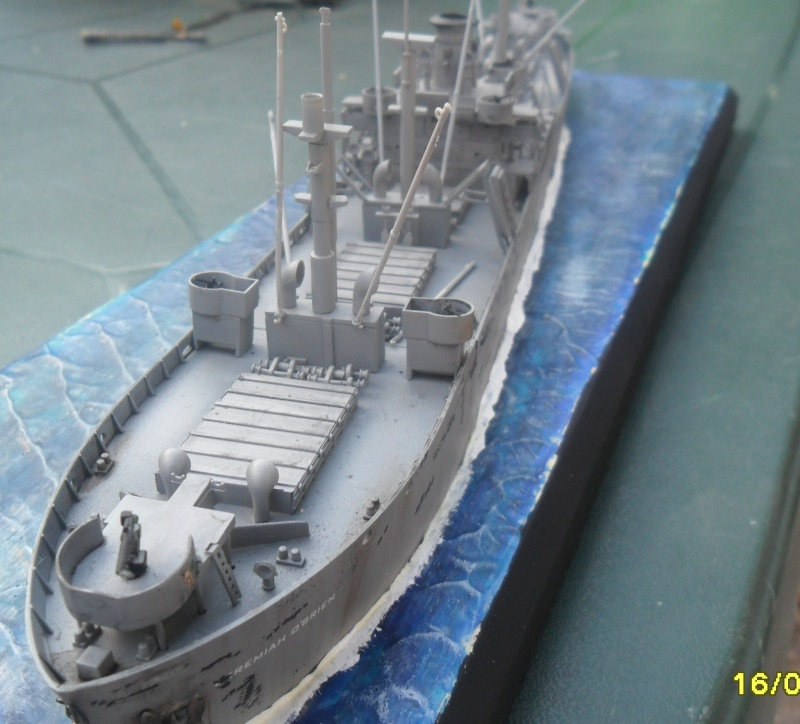 "Le LIBERTY SHIP s.s   "" Trumpeter 1/350 "" - Page 2 Sam_2610"