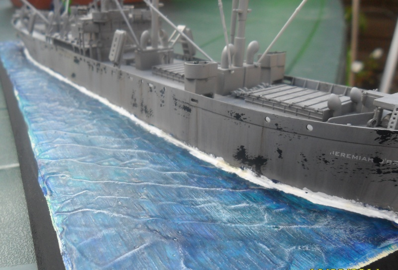 "Le LIBERTY SHIP s.s   "" Trumpeter 1/350 "" - Page 2 Sam_2611"