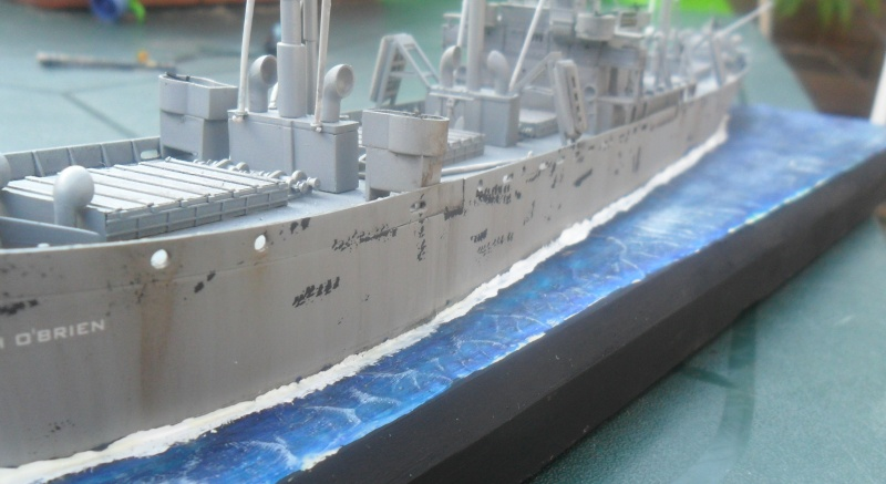 "Le LIBERTY SHIP s.s   "" Trumpeter 1/350 "" - Page 2 Sam_2612"