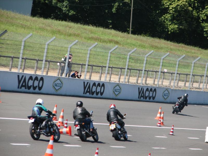 [Sorties] Café Racer Festival. Montlhéry 21 et 22 jui 2014. - Page 2 Img_7510