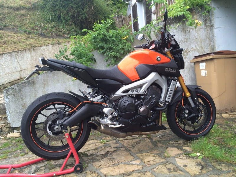 Première [Yamaha MT-09] sur le forum : celle de l'admin ;-) Une Orange ! - Page 5 Image411