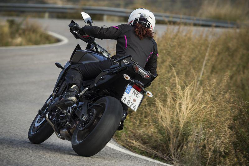 A combien peut-on négocier sa Yamaha MT-09 TRACER ? (Prix) Miura10