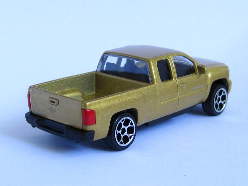 N°217E Chevrolet silverado. Chevro14