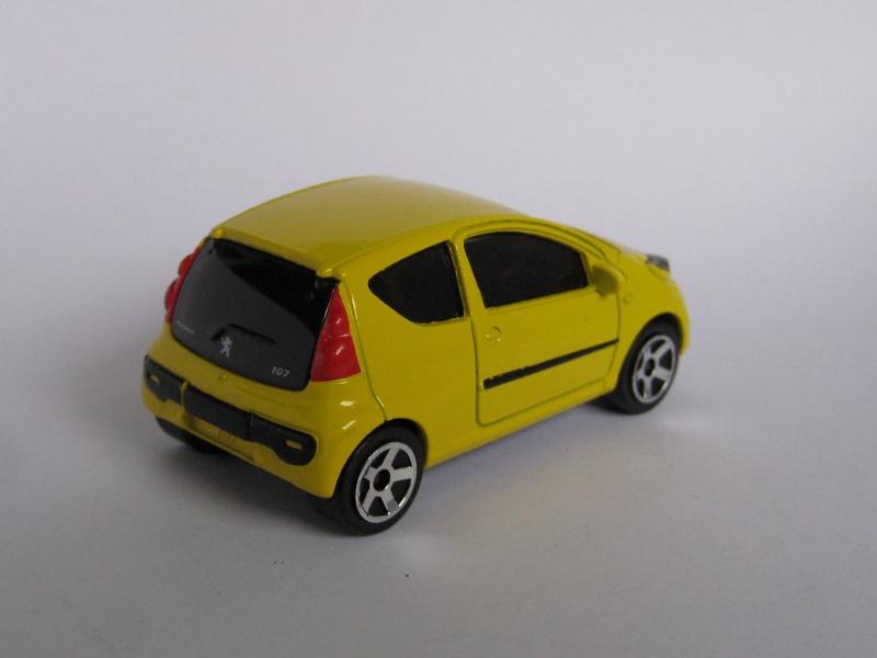 N°205F : Peugeot 107 Peugeo13