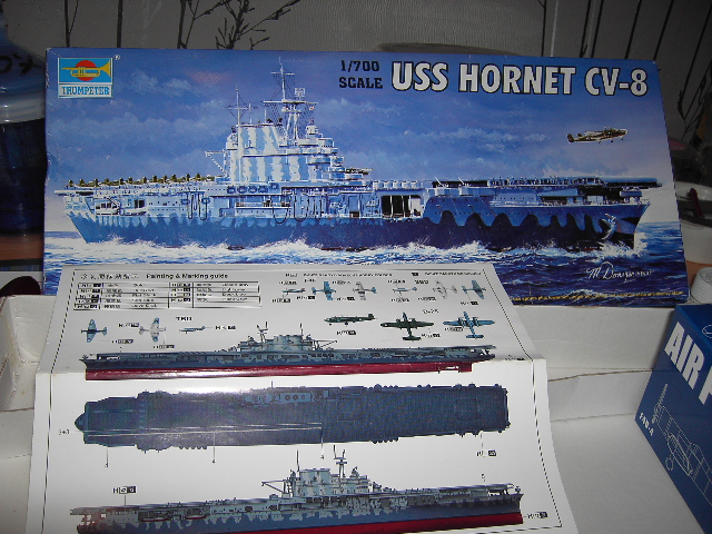 USS Hornet CV-8 tumpeter 1/700 Pict8610