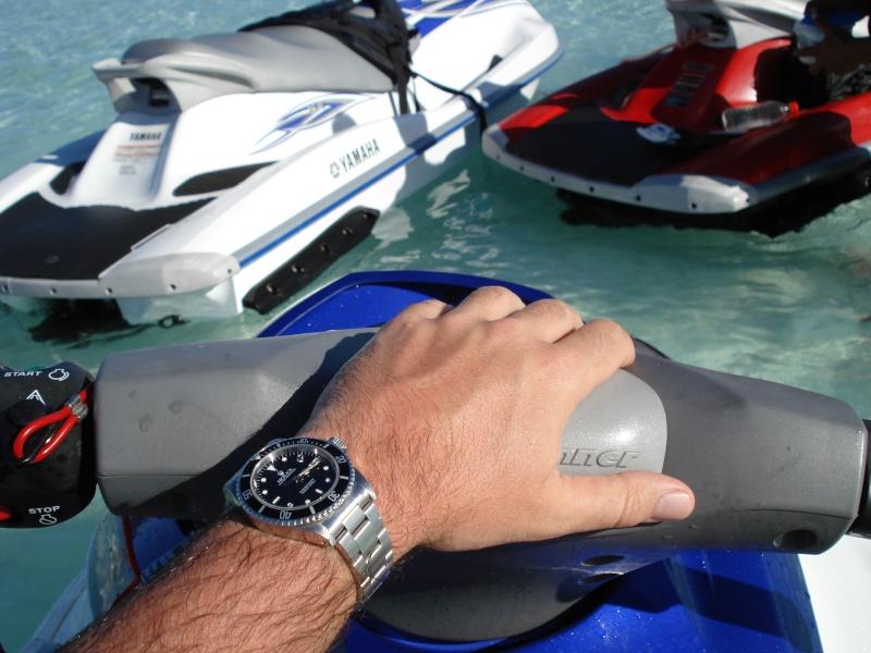 Drôles d'idées ! ... Les folies que vous font faire vos montres ? Dsc01010