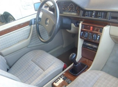 (ARQUIVO) W124 230E 1991 230e0310