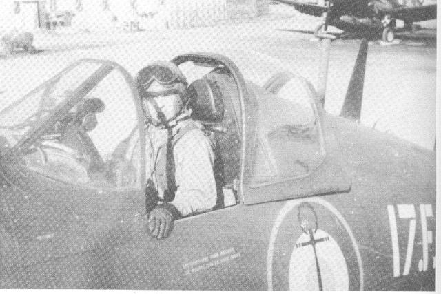 [Les anciens avions de l'aéro] F4 U7 Corsair - Page 2 11110