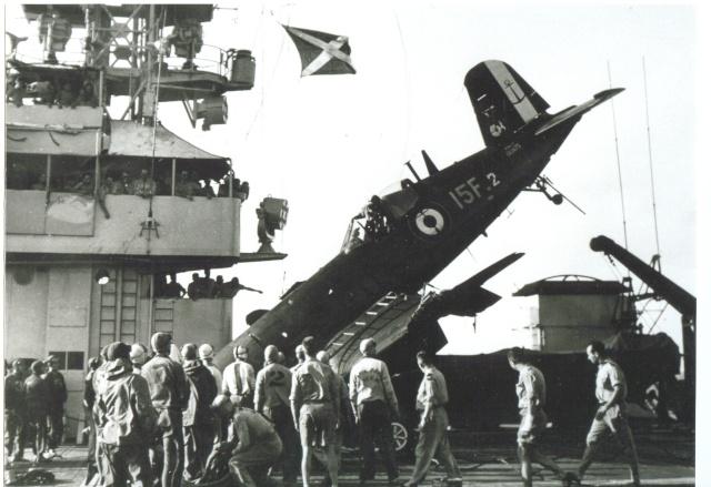 [Les anciens avions de l'aéro] F4 U7 Corsair Bb23