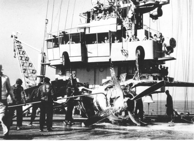 [Les anciens avions de l'aéro] F4 U7 Corsair Bb26