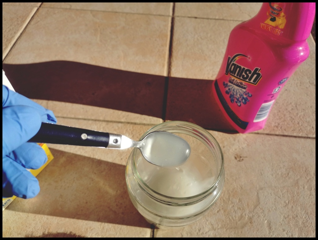 REFECTION DES PLASTIQUES BLANCS comme vase expansion 1_110