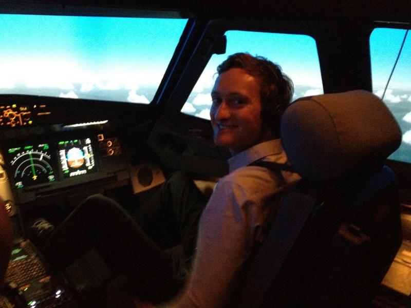 Full Flight Simulators Installation Timelapse 101310