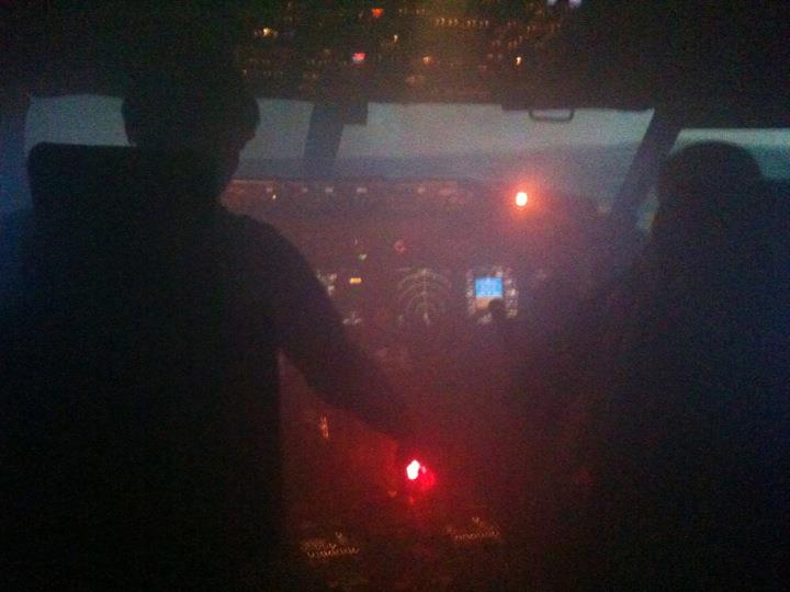 Full Flight Simulators Installation Timelapse 29607610