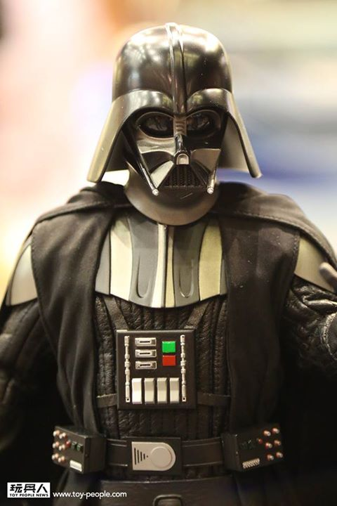 Hot Toys Star Wars ANH 1/6th Darth Vader Collectible Figure  10849710