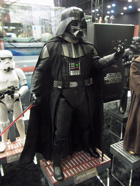 Hot Toys Star Wars ANH 1/6th Darth Vader Collectible Figure  10849910