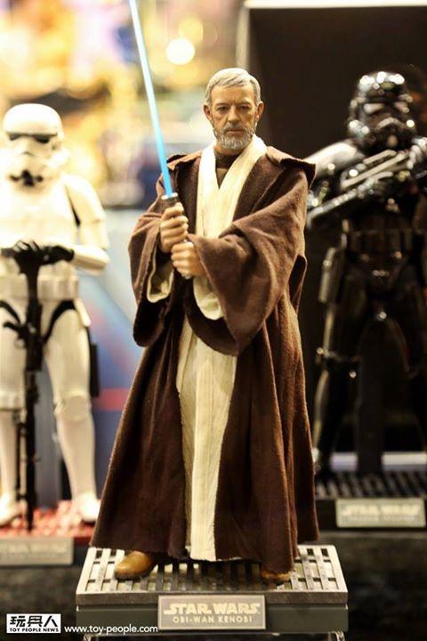 Hot Toys Star Wars ANH 1/6th Obi Wan Kenobi Figure 14502010