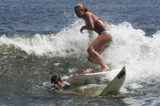 Bassin de surf à Aizarnazábal (Wavegarden), Gipuzkoa / Pays Basque - Espagne Accide10