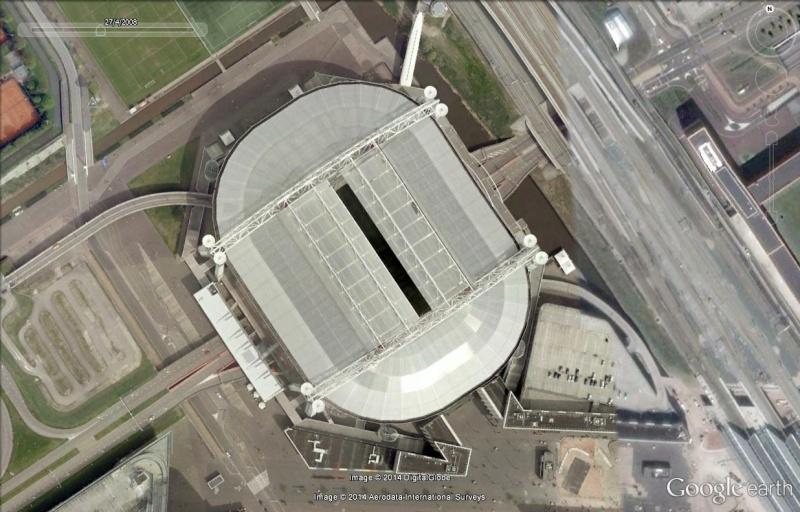 Petite géographie du football européen (championnat 2013-2014... et suivants) - Page 2 Ajax_210