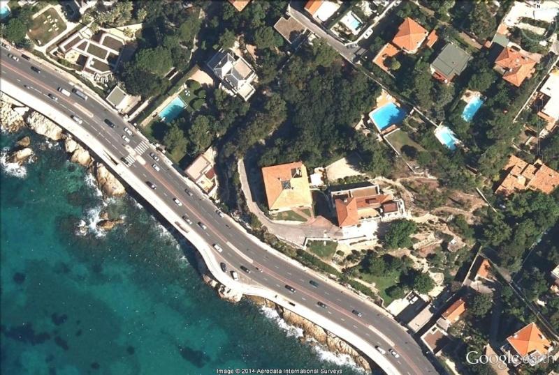 Google Mars… eille, Marseille, France Haoun10