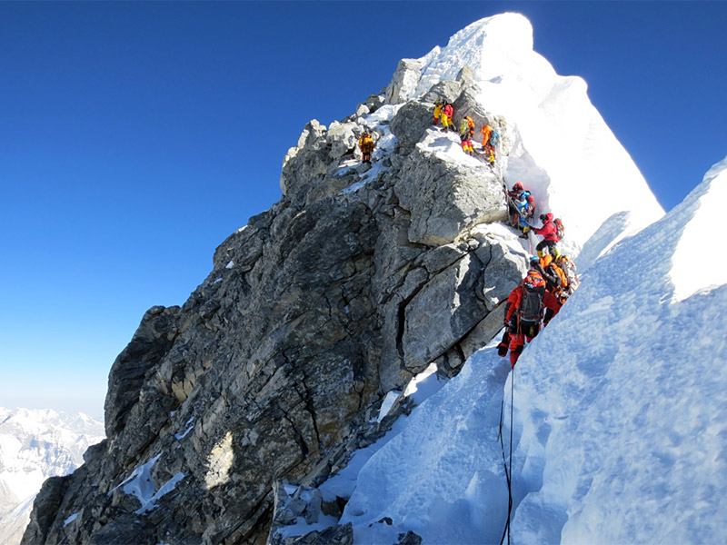 L'ascension de l'Everest Hillar10