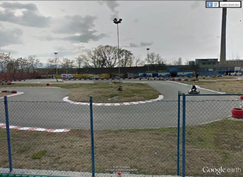 Circuit de kart à Plovdiv (Bulgarie) avec une jolie sortie de piste à la clé ! Pilote10
