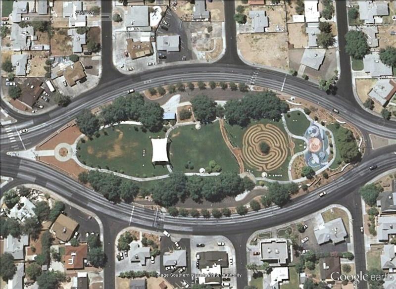 Les labyrinthes découverts dans Google Earth Saga10