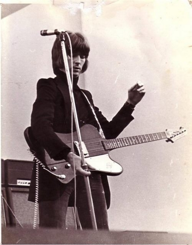 Les 1000 visages d'Eric Clapton - Page 7 10479710