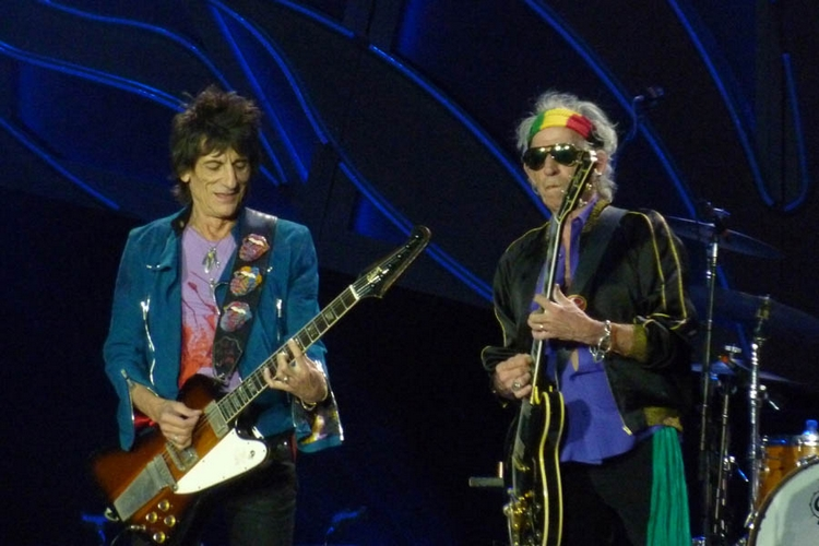 Stones News, Links, Témoinages - Page 41 14434810