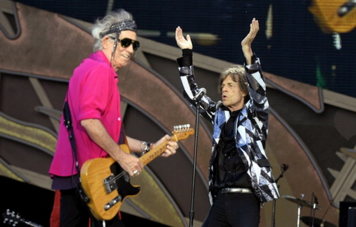 Stones News, Links, Témoinages - Page 41 18545710