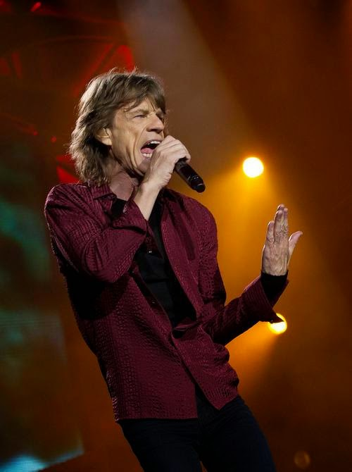 Stones News, Links, Témoinages - Page 42 Mick-j11
