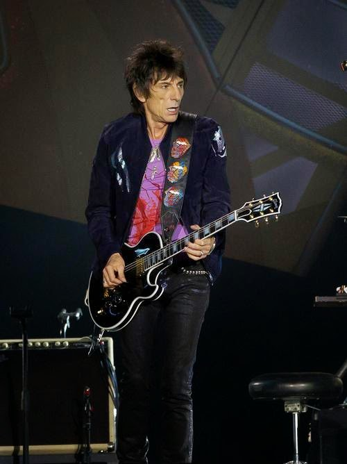 Stones News, Links, Témoinages - Page 42 The-ro10