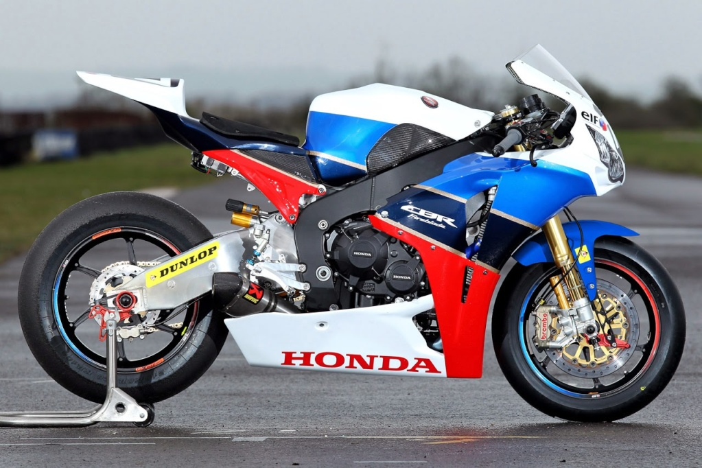 TT Legend documentary Honda_14