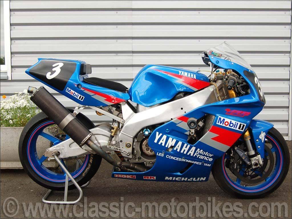 Yamaha 750 YZF  - Page 2 Show_i10