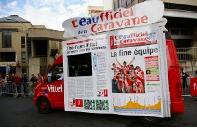 L EAUFFICIEL VITTEL LE JOURNAL 99932310