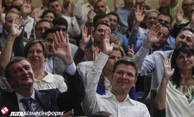 Удастся ли Порошенко провести в стране реформы на идеях Януковича и выдать их как свои… Front410