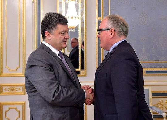 Удастся ли Порошенко провести в стране реформы на идеях Януковича и выдать их как свои… Poros10