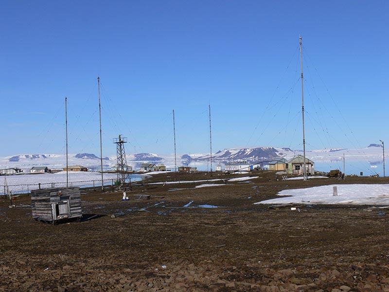 Арктика. Расположение метеостанций. 1210