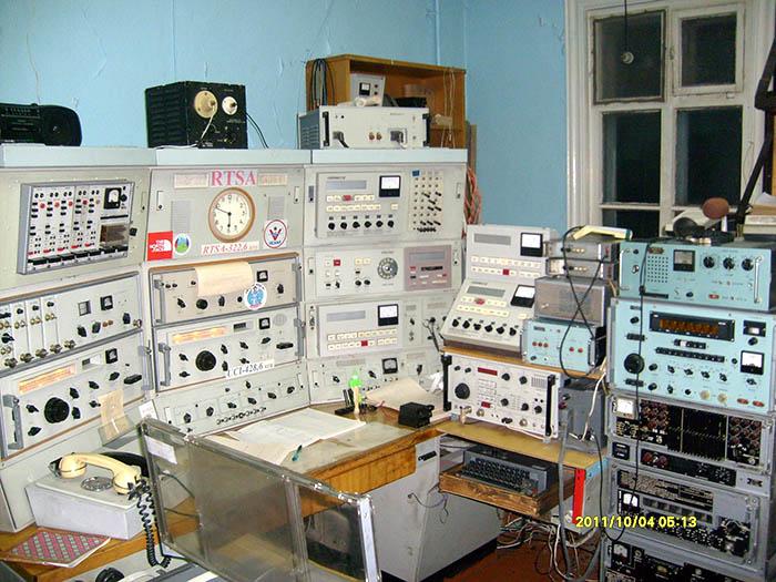 Полярная станция о. Голомянный, 5-6 октября 2011 года. 417