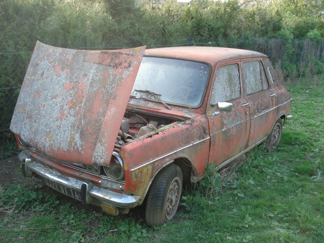 Les voitures abandonnées/oubliées (trouvailles personnelles) 138110