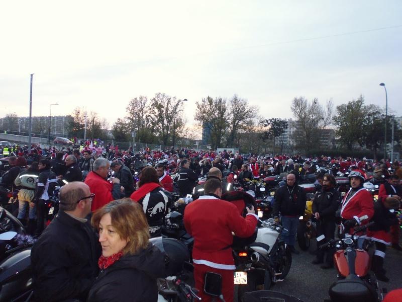 Balade de noël des motards - Toulouse 13 décembre 2014 P1000510