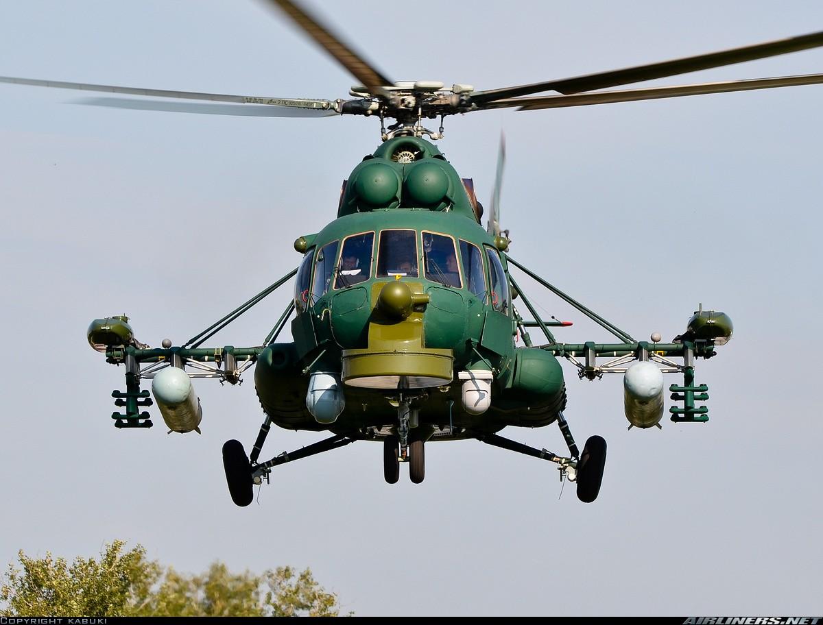 Hélicoptères de combats - Page 7 22170210